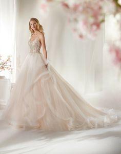 - Wedding Dress - Essense of Australia V Neck Wedding Dress, Wedding Dress Shopping, Bridal Wedding Dresses, Designer Wedding Dresses, Bridesmaid Dresses, Vestidos Color Rosa, Pronovias Bridal, Essense Of Australia, Beaded Lace