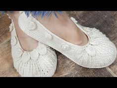 Ballet Dance, Dance Shoes, Pattern Library, Baby Patterns, Crochet Baby, Slippers, Videos, Fashion, Shoes