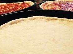 Der ultimative Pizzateig (Alle Lieferdienste werden mich hassen ;-) von Olla di Bolla auf www.rezeptwelt.de, der Thermomix ® Community Pizza Recipes, New Recipes, Pizza Wraps, Tortellini, Gnocchi, Ravioli, Griddle Pan, Granola, Allrecipes