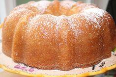 One-Bowl Kentucky Butter Cake