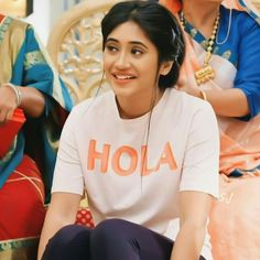 Cute Girl Face, Cute Girl Photo, Girly Pictures, Cute Couple Pictures, Girls Dp Stylish, Cute Girls, Shivangi Joshi Instagram, Hairstyles For Gowns, Kartik And Naira