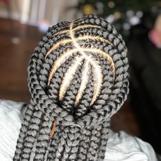 61 Totally Chic And Colorful Box Braids Hairstyles To Wear! Box Braids Hairstyles, Braided Cornrow Hairstyles, Braided Hairstyles For Black Women, My Hairstyle, School Hairstyles, Braided Updo, Protective Hairstyles, Protective Styles, Black Girl Braids