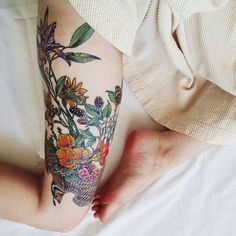 Best 70 Sexy Thigh Tattoo Designs and Ideas for Girls: 2015