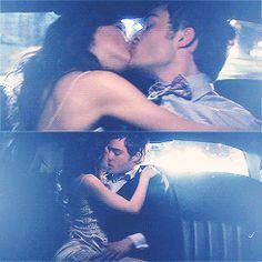 Blair & Chuck Fan Art: five years, two people, one limo. Romantic Kiss Gif, Kiss And Romance, Romantic Photos, Romantic Couples, Love Kiss Pic, Cute Kiss, Perfect Couple Pictures, Cute Couple Videos, Cute Couples Kissing