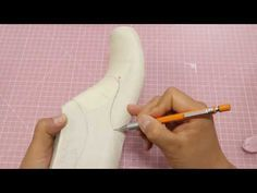 Making shoe pattern 'Design of July' Sketching style line. Shoe Pattern, Pattern Design, Pattern Sketch, White Nike Shoes, Felt Shoes, Shoe Last, How To Make Shoes, Derby Shoes, Dress Sewing Patterns