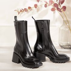Designer Boots, Rubber Rain Boots, Bootie Boots, Chloe, Fashion Beauty, Fashion Inspiration, High Heels, Passion, Street Style
