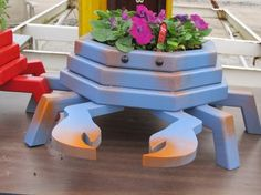 Blue Crab Wooden Planter by LCsWoodtopia on Etsy, $50.00