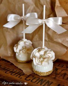 #Christmas #cake pops white with gold glitter ToniK ℬe Meℜℜy DIY