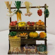 Banco della frutta terracotta