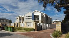 Bassendean - 3036 - Custom designed home on a narrow block front elevation - paint colour decision