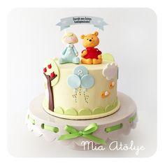 Winnie the Pooh themed birthday cake