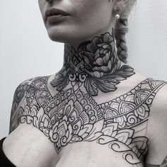 lit neck tattoo / neck piece by look at that fineline art. Chest Neck Tattoo, Full Neck Tattoos, Tattoos For Women On Thigh, Full Chest Tattoos, Neck Tattoos Women, Neck Tattoo For Guys, Chest Tattoos For Women, Chest Piece Tattoos, Pieces Tattoo