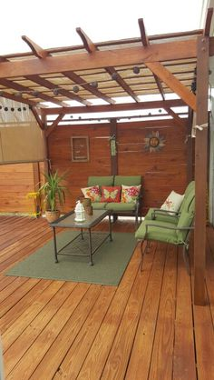 Deck privacy wall with pergola