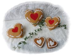 3er Set Herzen aus Tilda Stoff Lebkuchen-Optik  von Die Geschenkidee auf DaWanda.com
