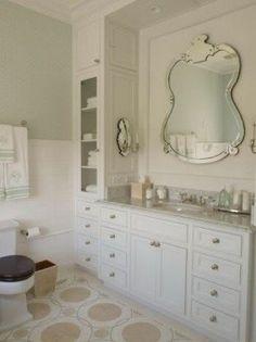 Suzie: Phoebe Howard - Chic master bathroom with white single