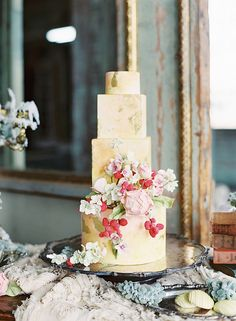 Golden yellow cake with sugar flowers and berries, does it get any sweeter? Photography by design by cake… Amazing Wedding Cakes, Elegant Wedding Cakes, Wedding Cake Designs, Amazing Cakes, Cake Wedding, Parisian Wedding, Whimsical Wedding, Rustic Wedding, Pretty Cakes