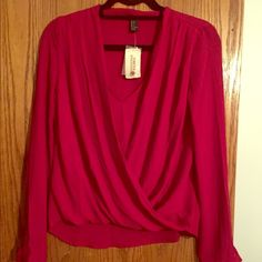 Beautiful Raspberry top! Raspberry colored blouse. Silky material. Forever 21 Tops