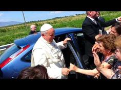 SHARE Pope Francis Visits Disabled Women at her home - Awesome! Viral Video http://jceworld.blogspot.ca/2014/06/share-pope-francis-visits-disabled.html