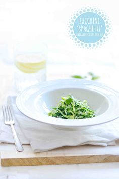 Zucchini 'spaghetti' - One Handed Cooks Lunch Box Recipes, Baby Food Recipes, Paleo Recipes, Cooking Recipes, Toddler Meals, Kids Meals, Toddler Food, One Handed Cooks, Zucchini Spaghetti
