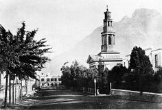 Wale Street in the late The Old Slave Lodge (Supreme Court) in the background Cities In Africa, Cape Colony, Cape Town South Africa, Old Photos, Vintage Photos, Most Beautiful Cities, Historical Pictures, Back In Time, Live