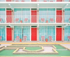 Sneak a peek at some lovely (and slightly strange) New Jersey motels, unchanged since they were built in the 1950s.