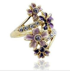Beautiful Rings For Girls Rings For Girls, Flower Fashion, Beautiful Rings, Fashion Rings, Wedding Jewelry, Best Gifts, Carving, Brooch, Purple