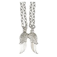 The Walking Dead Daryl Wings Best Friend Necklace Set Hot Topic ($8.75) ❤ liked on Polyvore featuring jewelry, charm pendant, magnet jewelry, metal charms, wing jewelry and charm jewelry