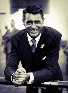 ALL IT TAKES ARE A FEW SIMPLE OUTFITS. AND THERE'S ONE SECRET—THE SIMPLER THE BETTER. —Cary Grant