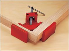 Swivel Miter Clamp - Woodworking