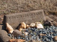 Krugersdorp cemetery African Image, England, Lest We Forget, African History, Abandoned Places, Homeland, Family History, Cemetery, Childhood Memories