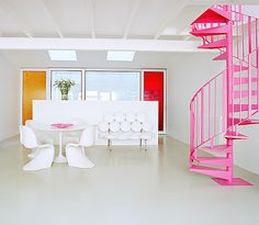 Pink spiral stairs Egan Decorating Ideas: 12 White Rooms with Pops of Color in interior design Category Home Design, Home Interior Design, Interior Decorating, Decorating Ideas, Decorating Websites, Design Design, Design Ideas, Living Colors, Interior Photography