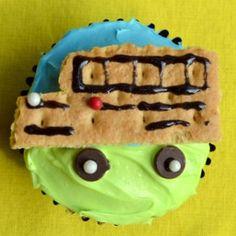 Wheels on the Bus Cupcakes | AllFreeKidsCrafts.com