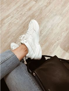Nike Tekno (Moa Westerberg) - Style summer - Best Shoes World Dad Sneakers, Sneakers Mode, Sneakers Fashion, Fashion Outfits, Womens Fashion, White Sneakers Nike, Sneaker Outfits, Cute Shoes, Me Too Shoes