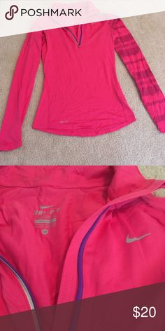 Xs Nike pullover EUC, no pills, tears, snags. Great dri for pull over Nike Tops