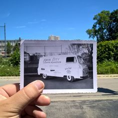Flashback to hand lettered laundry vans. Back Friday, Hand Lettering, Laundry, Vans, Instagram, Laundry Room, Handwriting, Van, Calligraphy
