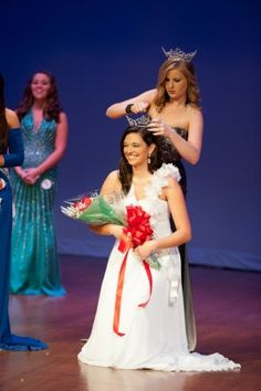 Zeta News! Eta Chi President crowned Ms. FMU 2012!