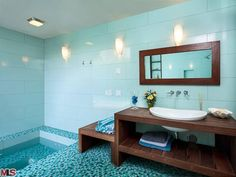 love the sunken bathtub.