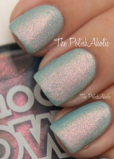Models Own Indian Ocean is a pink to peach duochrome in a very sheer light blue base