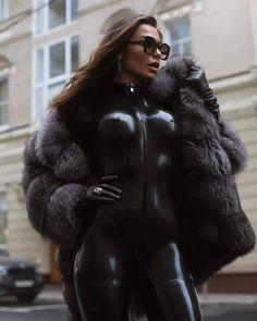 Sexy Latex, Latex Wear, Fur Fashion, Fashion Outfits, Womens Fashion, Fox Fur Coat, Fur Coats, Leather Dresses, Hottest Photos