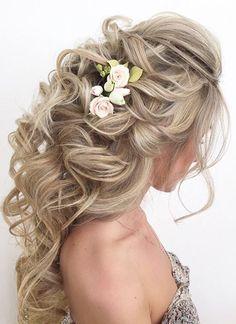 Elstile wedding hairstyles for long hair 18 - Deer Pearl Flowers / http://www.deerpearlflowers.com/wedding-hairstyle-inspiration/elstile-wedding-hairstyles-for-long-hair-18/