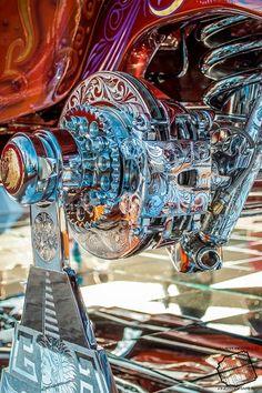 Arte Lowrider, Lowrider Model Cars, Estilo Chola, Rims For Cars, Metal Engraving, Steel Sculpture, Aircraft Design, Car Tuning, Car Painting