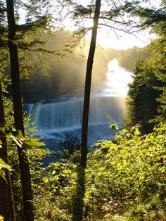 You gotta visit these places, In India, In Paris, In California, In Italy, In London.  Travel Destinations and Places to travel, places to travel in the us, places to travel in your 20s, places to travel in the world, places to travel with kids,  Enjoy the Inspiration,   Before you die you must travel to these places and destinations, Share with me some travel tips, tick down cities on your bucket list, Travel Hacks, Bring your travel journal with you to every destination. reasons..