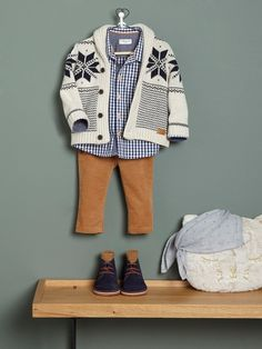 Baby boy look sale, fall winter 2019 collection - Baby boy looks, fall winter baby collection - Cyrillus Hipster Outfits, Baby Outfits, Baby Boy Clothes Hipster, Hipster Babies, Little Boy Outfits, Outfits For Teens, Baby Cardigan, Kids Fashion Boy, Toddler Fashion