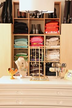Do you ever dream of a huge walk-in closet? See how a small adjoining bedroom became a large organized space for clothes, shoes, jewelry and accessories.