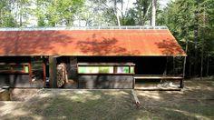 http://srkdesignbuild.ca/wp-content/uploads/2012/10/Shim-Sutcliffe-Guest-Cabin-1-000-2-2.jpg