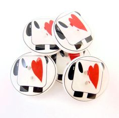 """5 Sheep Buttons. Handmade Buttons. 3/4"""" or 20 mm Primitive Sheep and Heart  Sewing Buttons.  Knitting Supplies."""