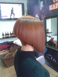 I really love this one with the great stack in the back and the sharp angle in front. While it would definitely be tough for the boy to wear, I'd love to see him try! Straight Bob Haircut, Short Bob Haircuts, Long Bob Cuts, Short Hair Cuts, Medium Hair Styles, Short Hair Styles, Angled Bobs, Shaved Nape, Retro Stil