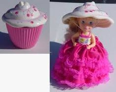Cupcakes doll Cherry Chip - I had this doll Childhood Toys, Childhood Memories, Plastic Skirt, Cupcake Dolls, Kenner Toys, Old School Toys, Victorian Dolls, Holiday Themes, Pink Christmas