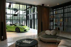 http://de.autoblog.com/photos/hamilton-scotts-sky-garage-appartments/1653839/