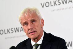 """Volkswagen CEO'su """"Acısız Olmayacak"""" - http://eborsahaber.com/gundem/volkswagen-ceosu-acisiz-olmayacak/"""